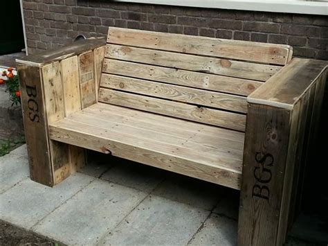 outdoor wooden bench seat outdoor wooden pallet bench seat 1001 pallets recycled