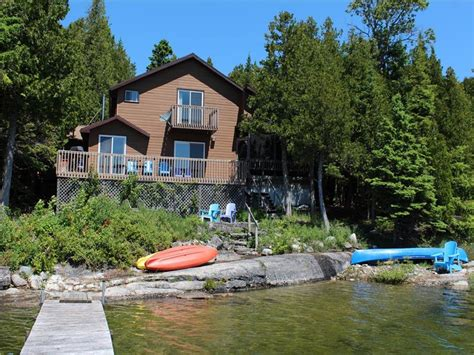 cottage rentals tobermory breezes by the bay tobermory cottage rental pl 19636