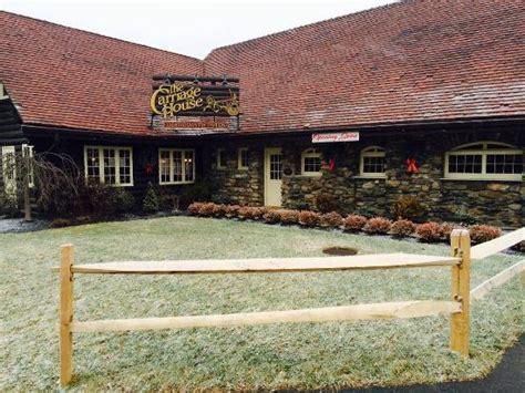 carriage house restaurant photo1 jpg picture of carriage house restaurant and tavern ii mahopac tripadvisor