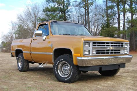 10 foot truck bed for sale 1985 chevy truck c k 10 silverado 6 foot bed for sale