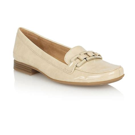 shoes loafer naturalizer rina loafer shoes in beige lyst