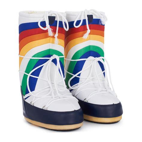 rainbow boots moon boot rainbow moon boots alexandalexa