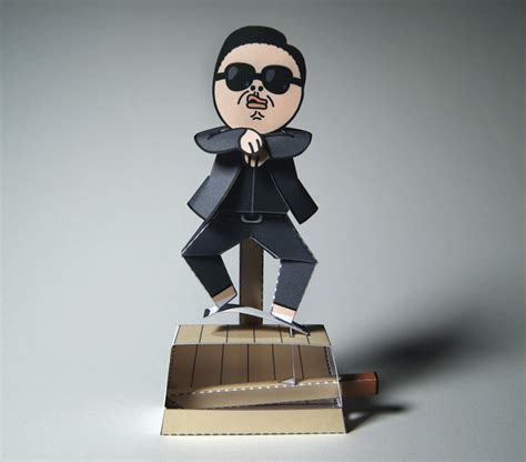 Moving Papercraft - gangnam style machine papercraft by kamibox on deviantart