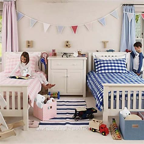 sharing a bedroom with a roommate 20 brilliant ideas for boy girl shared bedroom