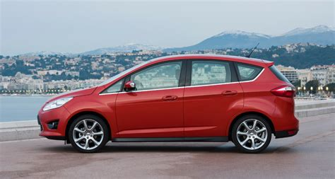 ford focus ford  max hybrid     time  buy