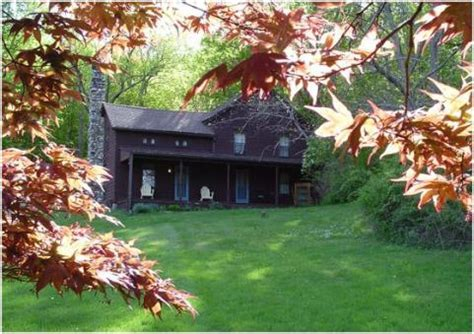 Visitors Traveling To Hudson Valley S Rock For Veterans Hudson Valley Cottage