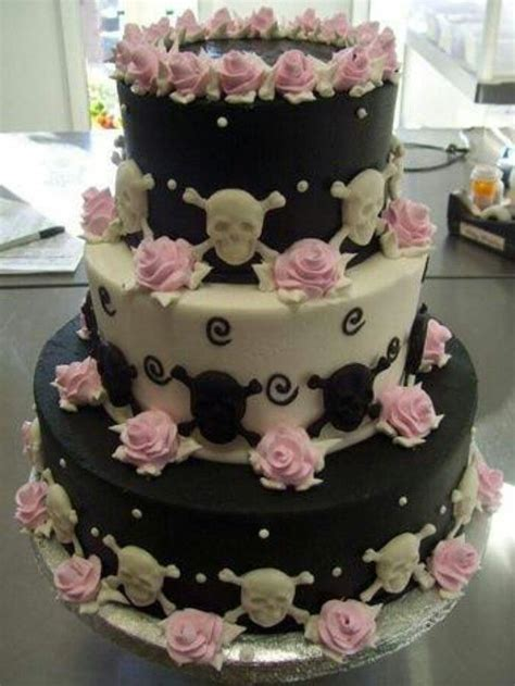 Hochzeitstorte Totenkopf by Skull Wedding Cake All Things Cakes Cake Decorating