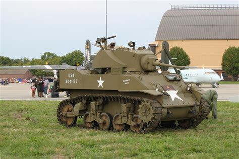 ww2 military vehicles american armoured vehicles vehicle ideas