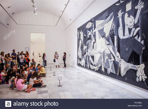 picasso paintings in madrid the guernica painting by picasso reina sofia national