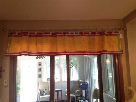 sew on curtain rings no sew valance made from table runner using curtain rings