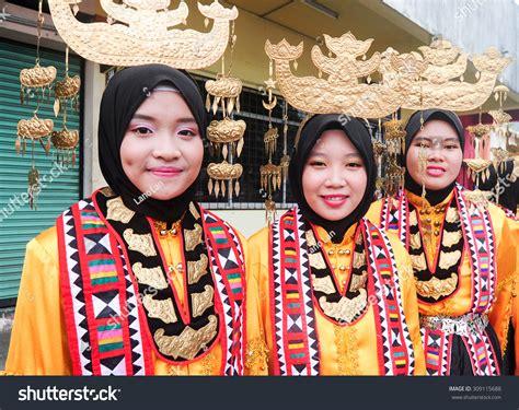 bajau si manuk si manuk kota belud malaysia pictures and and news