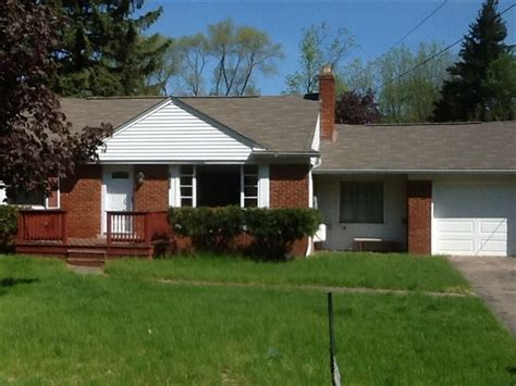rent section  houses southfield michigan mitula homes