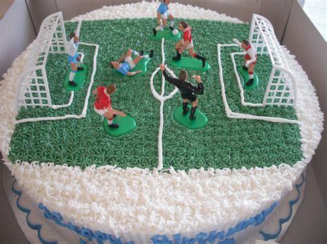 Football Cakes ? Decoration Ideas   Little Birthday Cakes