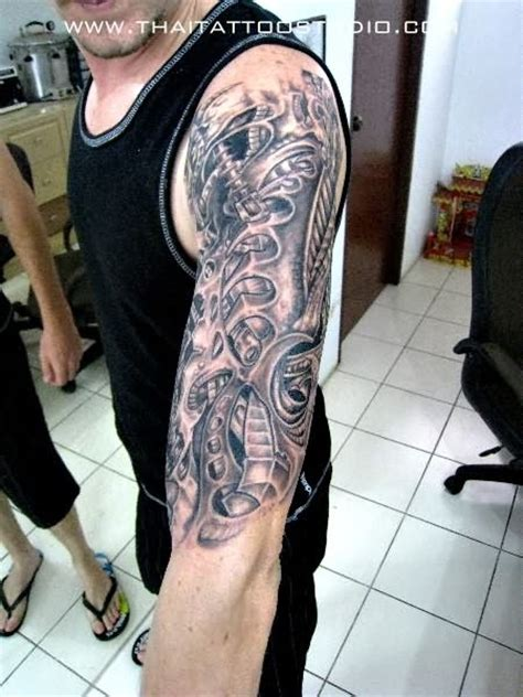 gambar tattoo biomechanical free hand biomechanical tattoo tattoo sleeve 2