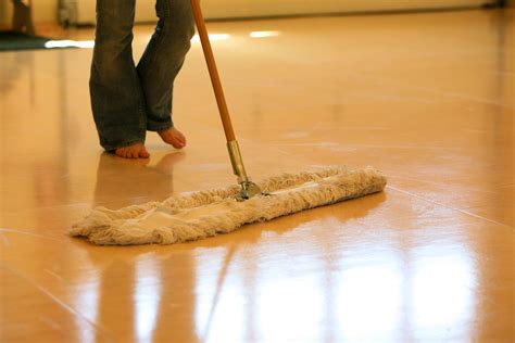7 Techniques For Cleaning Your Floors by Best Tips And Mop For Wood Floors Homesfeed