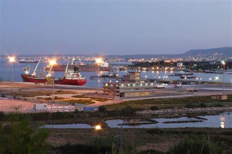 porto augusta i porti di cagliari e augusta inseriti nella rete