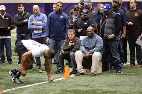 Scout Volunteer Background Check Nfl Scouts Looking For Dirt More Than Skill