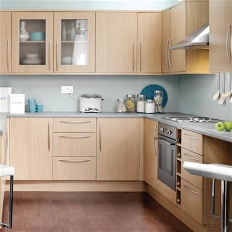 Oak Effect Kitchen Cabinets Kitchen Compare Wickes Galway Oak Effect Wood Species Oak Kitchens And