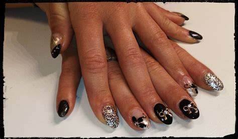 Gelnagels Zwart by Kunstnagels Puranails Be