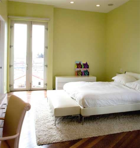 bedroom decorating ideas light green walls green bedroom walls decorating ideas purple and green
