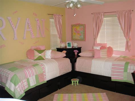 twin girls bedroom twin girls room