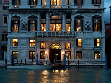 best luxury hotels venice aman canal grande luxury hotels venice