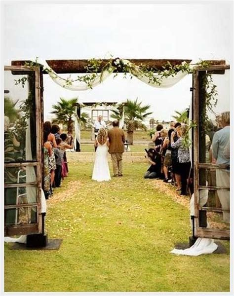 simple outdoor wedding ideas wedding ideas simple cheap