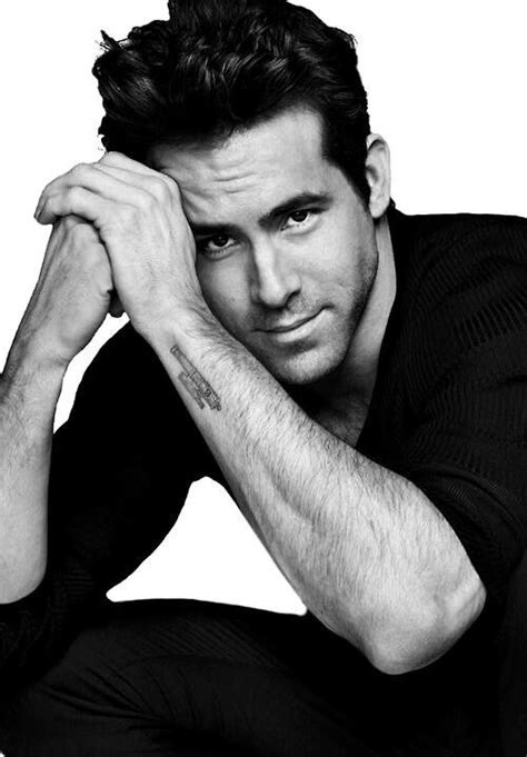 ryan reynolds tattoo wallpapers hunks