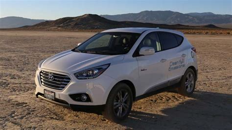 Tucson Records Hyundai Tucson Sets Fuel Cell Land Speed Record