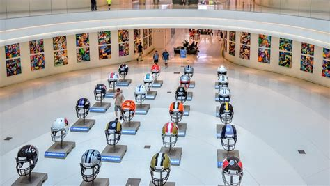 vikings locker room moa 5 reasons football season can t come soon enough 55425