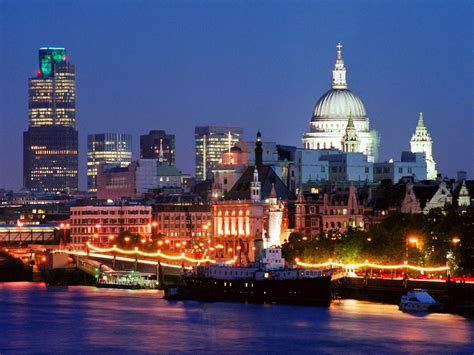 London City At Night | World for Travel