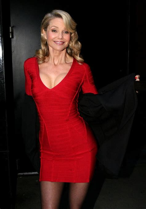 57 year old women in america christie brinkley is 57 years old and looks like this