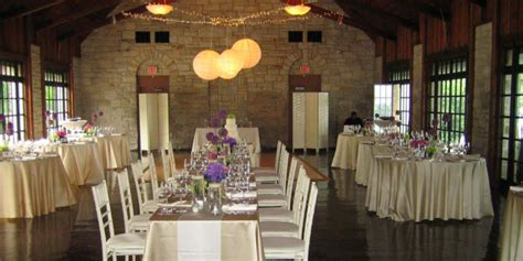 Promontory Point   Chicago Park District Weddings