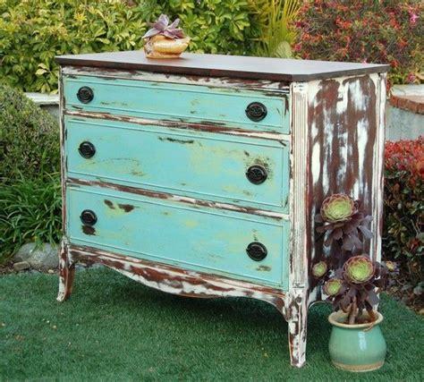 Distressed Dresser Ideas by Best 25 White Distressed Dresser Ideas On White Distressed Furniture Distressed