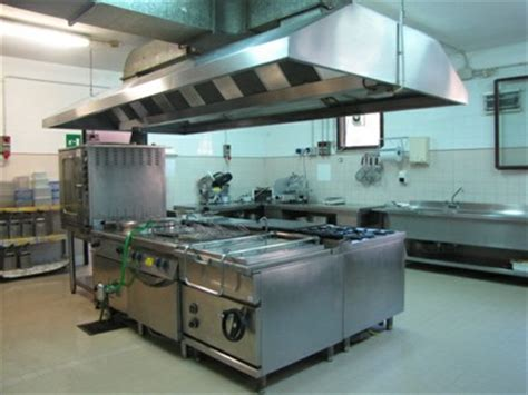 ufficio mense scolastiche cucina della mensa scolastica italiano