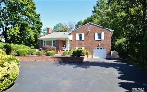 Houses For Sale Huntington Station Ny by 145 Homes For Sale In Huntington Station Ny Huntington