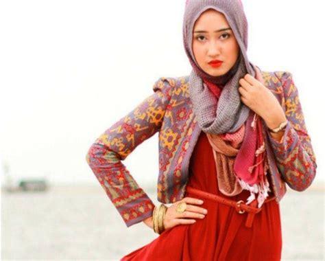 Blazer Dian Pelangi bolero dan blazer muslim model baju batik