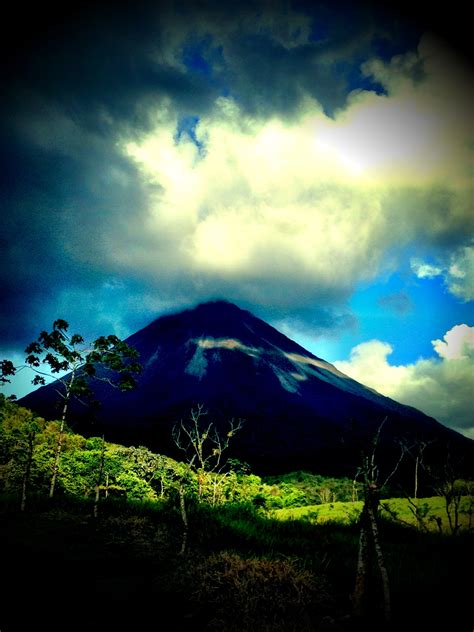costa rica turisti per caso volcano arenal viaggi vacanze e turismo turisti per caso