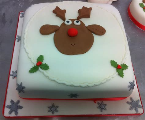 decorated square christmas cakes images