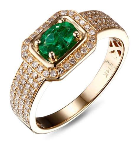 designer luxuriouns 2 carat emerald and engagement
