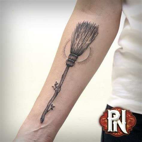 needle queen tattoo 1962 best tattoo images on pinterest tattoo ideas