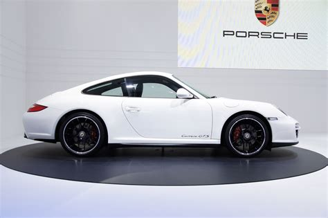porsche carrera 2010 porsche 911 gts at the paris motor show