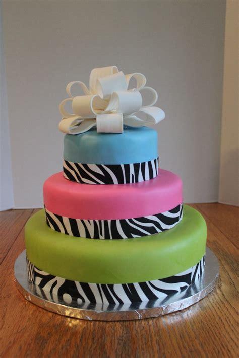 attractive wedding cakes pictures   big day waracake