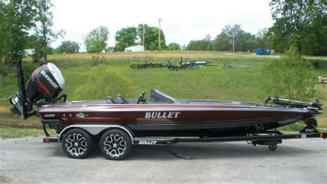 bullet bass boats review bullet bass boats used21xrs boattest