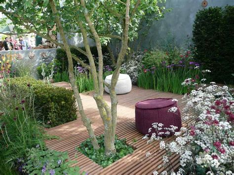 Design Ideas For Gardens Small Garden Design Ideas Corner