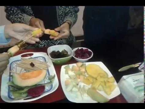 teks prosedur cara membuat salad buah teks prosedur kompleks sman 2 mataram cara membuat sate