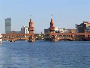 Datei:Oberbaumbruecke Berlin.JPG – Wikipedia Bridge