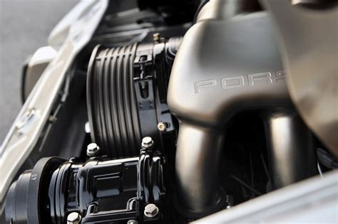 singer porsche engine bay singer vehicle design porsche 911 964 2012 revival