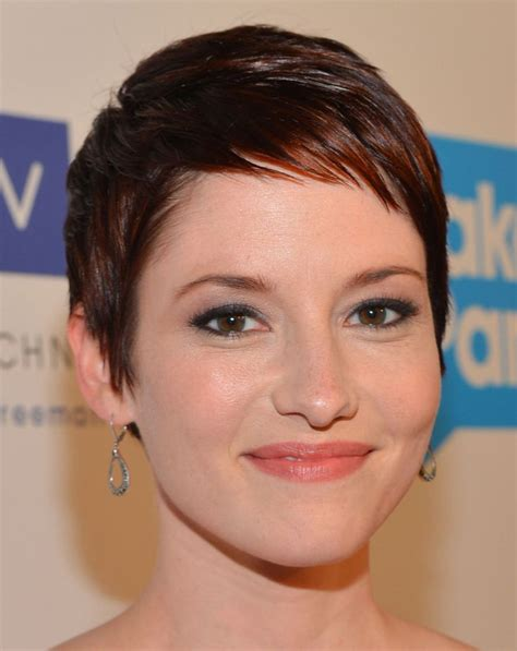chyler leigh short hairstyles best short pixie haircut for fine 17 best images about hair on pinterest fearne cotton