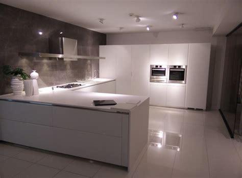 gloss or matte floor tiles